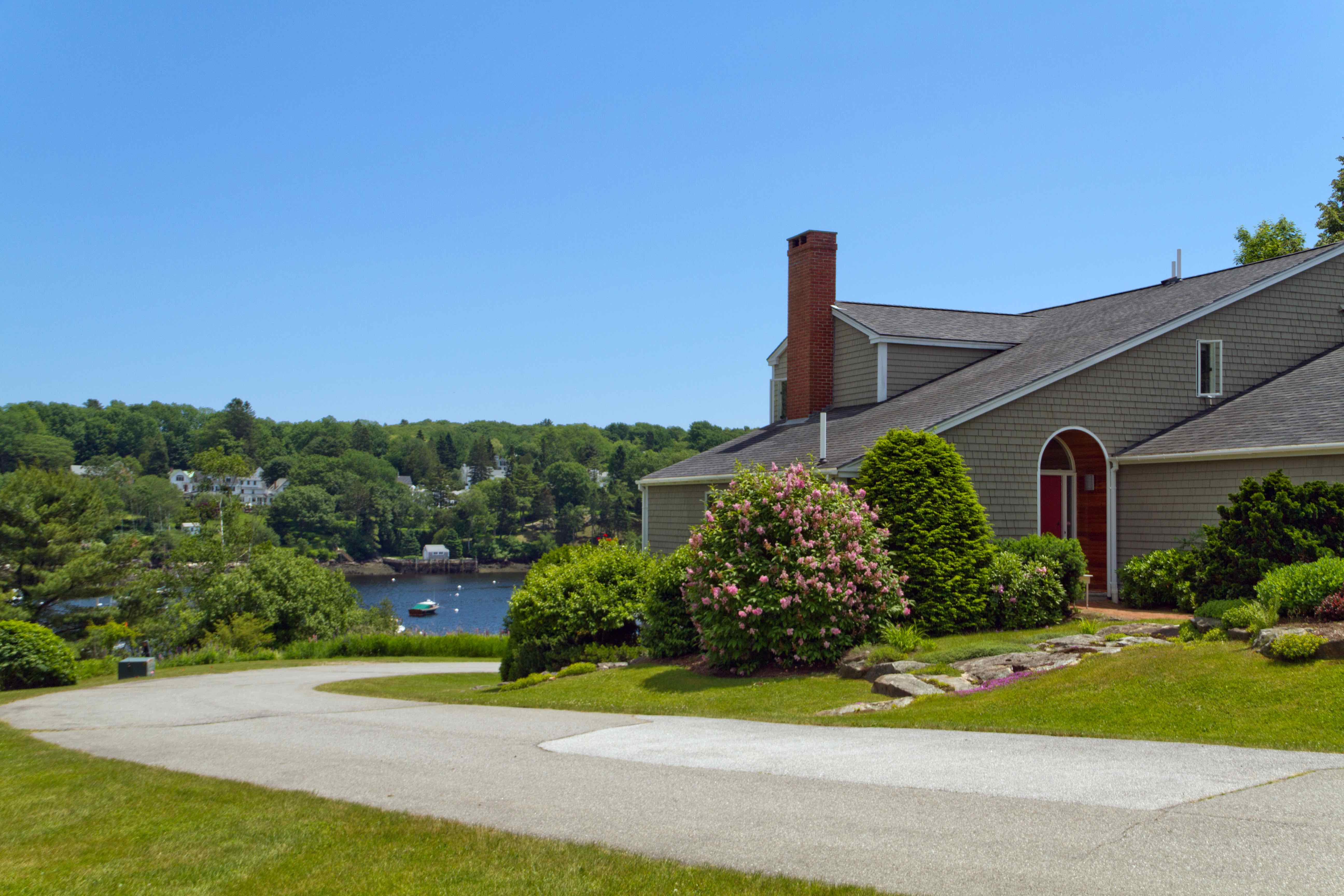 7 Harbor View Dr Rockport